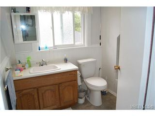 Photo 14: 812 Wollaston Street in VICTORIA: Es Old Esquimalt Single Family Detached for sale (Esquimalt)  : MLS®# 351350