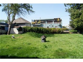 Photo 18: 812 Wollaston Street in VICTORIA: Es Old Esquimalt Single Family Detached for sale (Esquimalt)  : MLS®# 351350