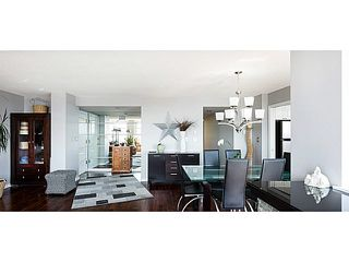 "Photo 4: 1402 567 LONSDALE Avenue in North Vancouver: Lower Lonsdale Condo for sale in ""THE CAMELLIA"" : MLS®# V1126178"