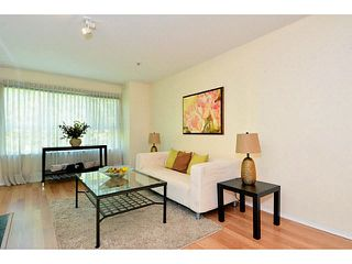 "Photo 8: 204 13870 70 Avenue in Surrey: East Newton Condo for sale in ""Chelsea Gardens - Mayfair"" : MLS®# F1445992"