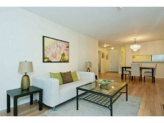 "Photo 11: 204 13870 70 Avenue in Surrey: East Newton Condo for sale in ""Chelsea Gardens - Mayfair"" : MLS®# F1445992"