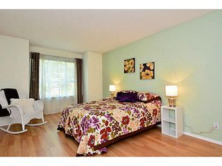 "Photo 12: 204 13870 70 Avenue in Surrey: East Newton Condo for sale in ""Chelsea Gardens - Mayfair"" : MLS®# F1445992"