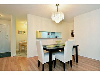 "Photo 7: 204 13870 70 Avenue in Surrey: East Newton Condo for sale in ""Chelsea Gardens - Mayfair"" : MLS®# F1445992"