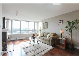 Photo 2: Burnaby Condo For Sale: 502-6659 Southoaks Crescent
