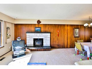 Photo 4: 7862 ROYAL OAK Avenue in Burnaby: South Slope House for sale (Burnaby South)  : MLS®# V1142093