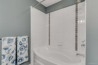 """Photo 10: 512 2951 SILVER SPRINGS Boulevard in Coquitlam: Westwood Plateau Condo for sale in """"TANTALUS"""" : MLS®# R2010053"""