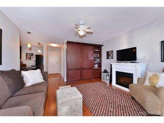 Photo 2: 105 1312 Beach Dr in VICTORIA: OB South Oak Bay Condo for sale (Oak Bay)  : MLS®# 717266