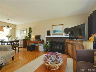Photo 6: 10294 Sparling Pl in SIDNEY: Si Sidney North-East House for sale (Sidney)  : MLS®# 727684