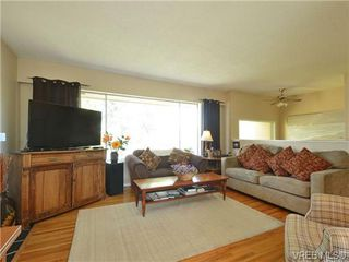 Photo 4: 10294 Sparling Pl in SIDNEY: Si Sidney North-East House for sale (Sidney)  : MLS®# 727684