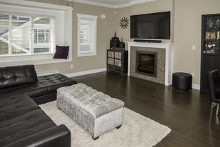 """Photo 2: 3 12351 NO 2 Road in Richmond: Steveston South Townhouse for sale in """"South Pointe Cove"""" : MLS®# R2077351"""