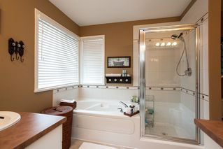 "Photo 11: 7051 200B Street in Langley: Willoughby Heights House for sale in ""WILLOUGHBY WOODS"" : MLS®# R2100271"