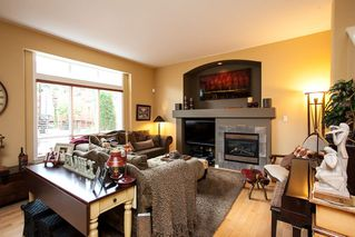 "Photo 6: 7051 200B Street in Langley: Willoughby Heights House for sale in ""WILLOUGHBY WOODS"" : MLS®# R2100271"