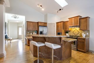 Photo 7: 215 Tuscany Glen Park NW in Calgary: Bungalow for sale : MLS®# C3614233
