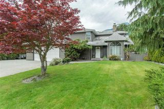 Photo 1: 41319 KINGSWOOD Road in Squamish: Brackendale House for sale : MLS®# R2107402
