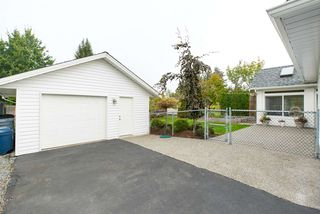 "Photo 5: 21649 49A Avenue in Langley: Murrayville House for sale in ""Murrayville"" : MLS®# R2112857"