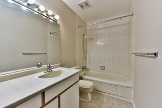 "Photo 14: 160 7269 140 Street in Surrey: East Newton Townhouse for sale in ""NEWTON PARK2"" : MLS®# R2117070"
