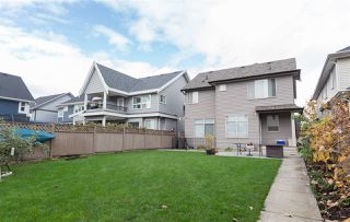 Photo 3: 19480 70 Avenue in Surrey: Clayton House for sale (Cloverdale)  : MLS®# R2117967