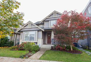 Photo 2: 19480 70 Avenue in Surrey: Clayton House for sale (Cloverdale)  : MLS®# R2117967