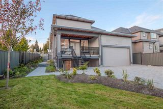 Photo 4: 2004 LORRAINE Avenue in Coquitlam: Central Coquitlam House for sale : MLS®# R2136425