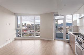 """Photo 3: 1815 1618 QUEBEC Street in Vancouver: Mount Pleasant VE Condo for sale in """"Central"""" (Vancouver East)  : MLS®# R2140904"""