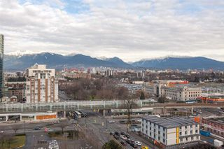 """Photo 7: 1815 1618 QUEBEC Street in Vancouver: Mount Pleasant VE Condo for sale in """"Central"""" (Vancouver East)  : MLS®# R2140904"""