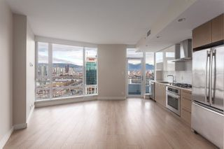 """Photo 2: 1815 1618 QUEBEC Street in Vancouver: Mount Pleasant VE Condo for sale in """"Central"""" (Vancouver East)  : MLS®# R2140904"""