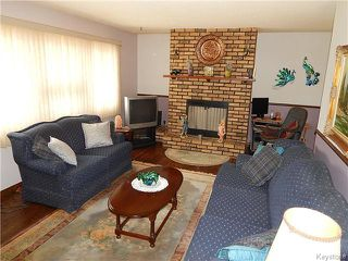 Photo 2: 506 Horton Avenue West in Winnipeg: West Transcona Residential for sale (3L)  : MLS®# 1705576