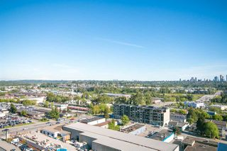 """Photo 2: 1606 2008 ROSSER Avenue in Burnaby: Brentwood Park Condo for sale in """"SOLO DISTRICT - STRATUS"""" (Burnaby North)  : MLS®# R2169333"""