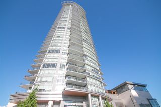 """Photo 1: 1606 2008 ROSSER Avenue in Burnaby: Brentwood Park Condo for sale in """"SOLO DISTRICT - STRATUS"""" (Burnaby North)  : MLS®# R2169333"""