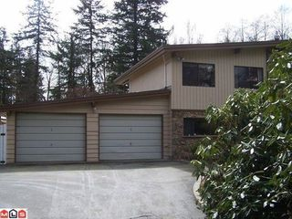 Photo 1: 17086 24TH Ave in South Surrey White Rock: Home for sale : MLS®# F1108450