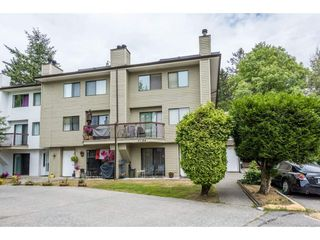 Photo 1: 207 7144 133B Street in Surrey: West Newton Townhouse for sale : MLS®# R2187497