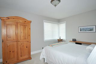 Photo 13: 19456 THORBURN WAY in Pitt Meadows: South Meadows House for sale : MLS®# R2189637