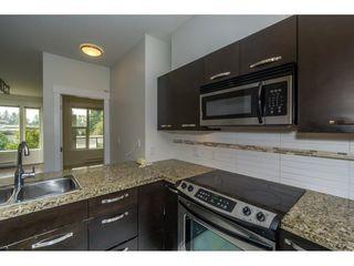 Photo 6: 314 33539 HOLLAND Avenue in Abbotsford: Central Abbotsford Condo for sale : MLS®# R2193523