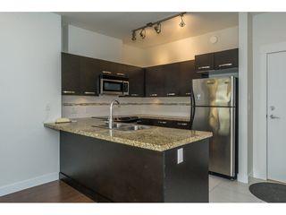 Photo 3: 314 33539 HOLLAND Avenue in Abbotsford: Central Abbotsford Condo for sale : MLS®# R2193523