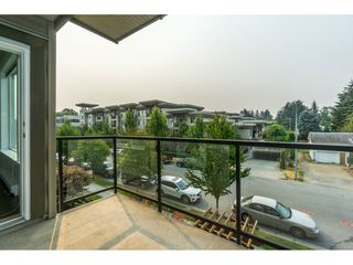 Photo 2: 314 33539 HOLLAND Avenue in Abbotsford: Central Abbotsford Condo for sale : MLS®# R2193523