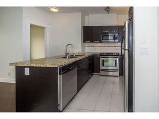 Photo 5: 314 33539 HOLLAND Avenue in Abbotsford: Central Abbotsford Condo for sale : MLS®# R2193523
