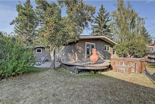 Photo 30: 5448 LA SALLE Crescent SW in Calgary: Lakeview House for sale : MLS®# C4136427