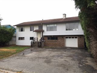 Photo 1: 4857 42A Avenue in Ladner: Ladner Elementary House for sale : MLS®# R2202975
