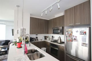 """Photo 3: 3009 2955 ATLANTIC Avenue in Coquitlam: North Coquitlam Condo for sale in """"OASIS by ONNI"""" : MLS®# R2203560"""