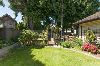 Photo 17: 379 54TH STREET in Tsawwassen: Pebble Hill House for sale : MLS®# R2171453