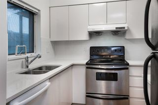 Photo 10: R2226118 - 206-9633 Manchester Dr, Burnaby Condo