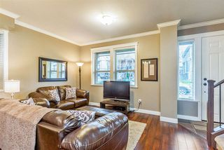 Photo 2: 10555 ROBERTSON Street in Maple Ridge: Albion House for sale : MLS®# R2232166