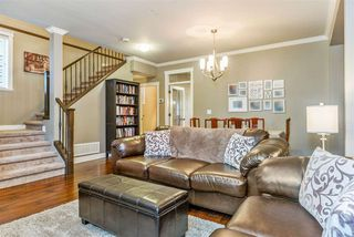 Photo 3: 10555 ROBERTSON Street in Maple Ridge: Albion House for sale : MLS®# R2232166