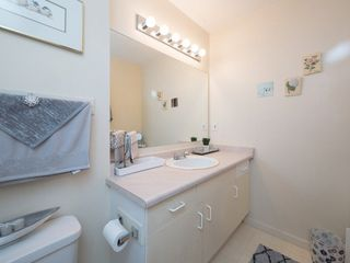 "Photo 18: 212 13771 72A Avenue in Surrey: East Newton Condo for sale in ""Newton Plaza"" : MLS®# R2235891"