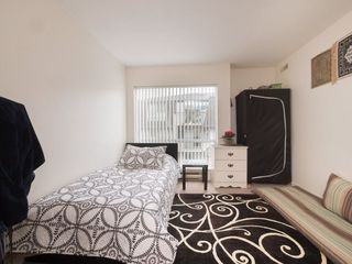 "Photo 16: 212 13771 72A Avenue in Surrey: East Newton Condo for sale in ""Newton Plaza"" : MLS®# R2235891"