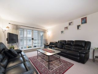 "Photo 5: 212 13771 72A Avenue in Surrey: East Newton Condo for sale in ""Newton Plaza"" : MLS®# R2235891"