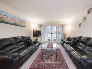 "Photo 3: 212 13771 72A Avenue in Surrey: East Newton Condo for sale in ""Newton Plaza"" : MLS®# R2235891"