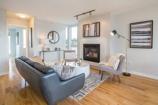 "Photo 10: 400 2768 CRANBERRY Drive in Vancouver: Kitsilano Condo for sale in ""Zydeco"" (Vancouver West)  : MLS®# R2243397"