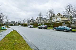 "Photo 55: 16 15450 ROSEMARY HEIGHTS Crescent in Surrey: Morgan Creek Townhouse for sale in ""CARRINGTON"" (South Surrey White Rock)  : MLS®# R2245684"