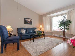 Photo 4: 75 120 Finholm St in The Meadows: Townhouse for sale : MLS®# 354293